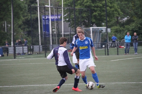 wvf voetbal westenholte 12 18