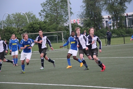 wvf voetbal westenholte 26 13