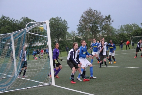 wvf voetbal westenholte 27 14