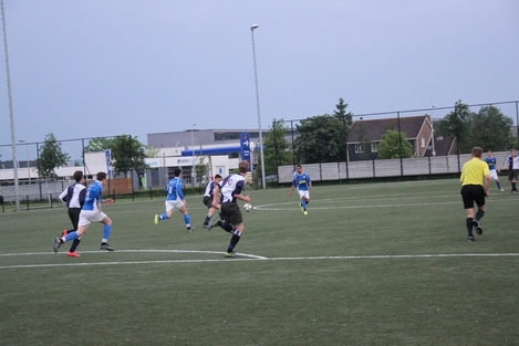 wvf voetbal westenholte 28 13
