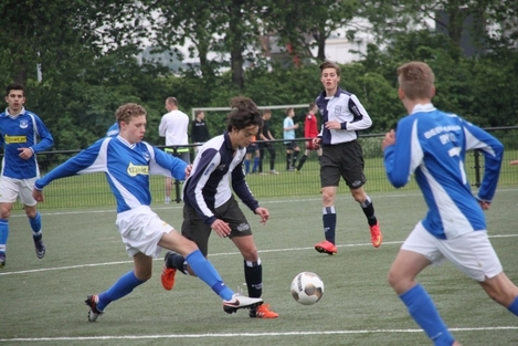 wvf voetbal westenholte 4 29